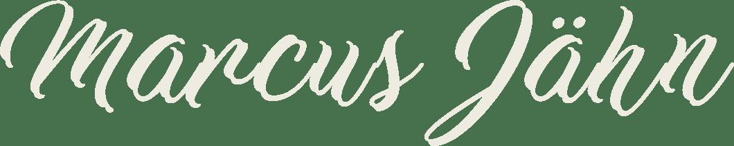Schriftzug Marcsu Jähn